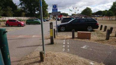 Trovano una scatola in un parcheggio: il contenuto è il più triste del mondo [FOTO]